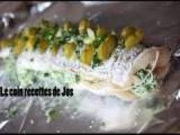 cuisiner du brochet brochet farci en papillote aux herbes recette ptitchef