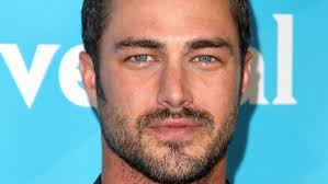 taylor kinney fans share
