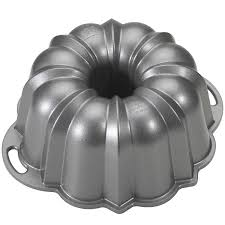 Kitchen Collection Black Friday Amazon Com Nordic Ware Platinum Collection Original Bundt Pan