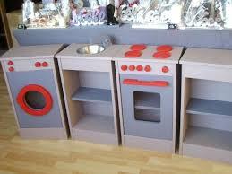 fabriquer une cuisine en bois fabriquer cuisine bois enfant cuisine en pour en cuisine detroit
