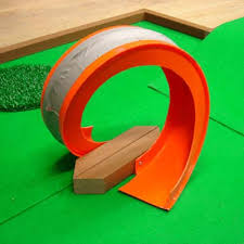 Making A Backyard Putting Green How To Build A Miniature Golf Course Golf Miniature Golf And
