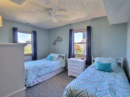 whale song 4 br 2 1 ba four bedroom house in waves sleeps 8