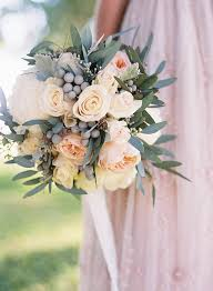 wedding bouquets 20 beautiful winter wedding bouquets inspired by this