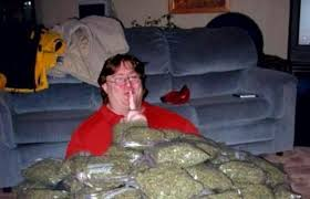 Gaben Memes - gabe newell has weed marijuana cigarettes gabe newell pinterest