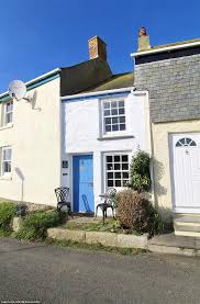 house under 10ft wide on sale for 250k in cornwall daily mail