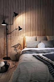 lambris mural chambre chambre en lambris agrandir une chambre intimiste en lambris chambre