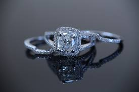 cheap unique engagement rings five reasons to try your local pawn shops for unique engagement rings