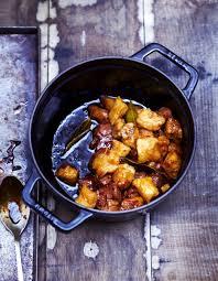 cuisine à la cocotte cocotte de gnocchis et filet mignon pour 6 personnes recettes
