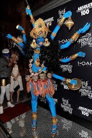 10 Amazing Heidi Klum Halloween Costumes Copy Halloween Inspiration Heidi Klum Textures