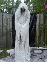 Non Scary Outdoor Halloween Decorations by 96 Best Halloween Decorations Images On Pinterest Happy