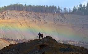 herald photographer u0027s oso rainbow wins northwest ap award