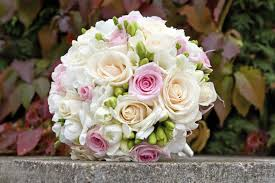 theme wedding bouquets flowers for vintage themed weddings easy weddings uk easy weddings