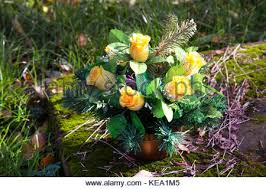 cemetery decorations artificial flowers bouquet on the grave cemetery decorations
