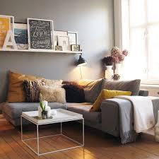 idée de canapé idée de petit salon chic avec mini canapé photos de canapes jaunes