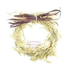 raffia bows wreath with raffia bow smallpetselect