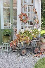 vibeke design instagram vibeke design høstens palett fall ideas pinterest bee boxes