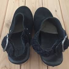 ugg dafni sale 56 ugg shoes authentic ugg dafni clogs from s closet