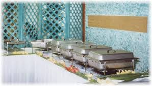 how to set a buffet table with chafing dishes keeping food warm at your party camelot special events