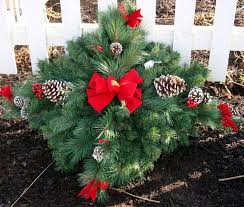 Christmas Grave Decorations 14 Best Grave Blankets Images On Pinterest Cemetery Flowers