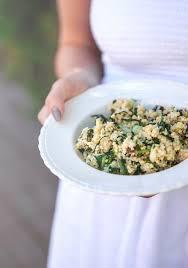cuisiner le millet salade de millet noix de coco mini bok choy vinaigrette aux
