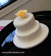 mini wedding cake favors wedding cakes