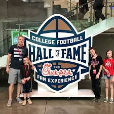la halle si e social football of fame atlanta fan attraction