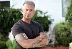 how ols is theresa csputo how old is larry caputo briefly overview of theresa caputo s hubby
