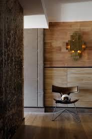 revetements muraux bois 25 beste ideeën over revetement mural bois alleen op pinterest