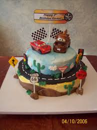 lightning mcqueen cakes lightning mcqueen and mater cars cake mcqueen and mater ar flickr