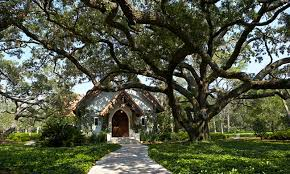 unique wedding venues island wooded wedding venues in here comes the guide