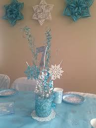 snowflake table top decorations 100 best frozen themed birthday party images on pinterest frozen