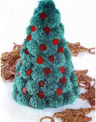 30 christmas decorating ideas with pompoms simple and colorful