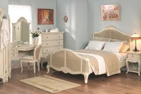 Laura Ashley Bedroom Furniture Best 25 Distressed Bedroom Furniture Ideas On Pinterest White
