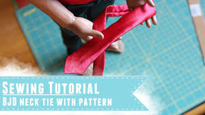 sewing tutorial how to make a neck tie for bjds with pattern