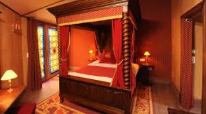 chambre d h e puy du fou réservez votre hôtel au coeur du parc du puy du fou vendée tourisme