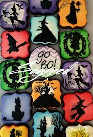 best 25 halloween cookies decorated ideas on pinterest