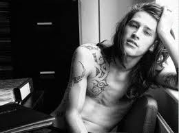 long haired skater boys guys with long hair and tattoos other things i love