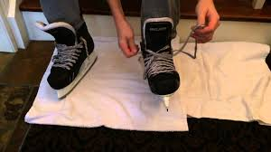 how to tie hockey skates tightly quick easy youtube