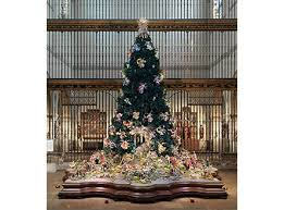 christmas tree and neapolitan baroque crèche on display for