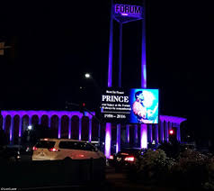 prince tributes from niagara falls to vegas high roller as