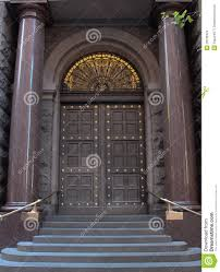 Entrance Doors Vintage Wooden Entrance Doors To City Building Stock Images