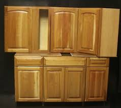 kraftmaid kitchen cabinet door styles set of 13 kraftmaid honey spice cherry kitchen cabinets 29 cabinets in stock ebay