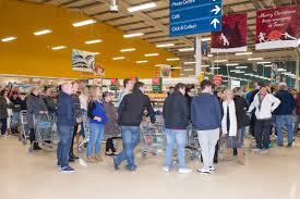amazon black friday schedule black friday 2015 opening times at currys tesco sainsbury u0027s and