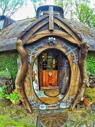 real hobbit house come tour a real life hobbit house unskinny boppy
