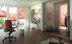 Kleine Wohnzimmer Richtig Einrichten Wandgestaltung Im Arbeitszimmer Praktische Korkwand Pinterest
