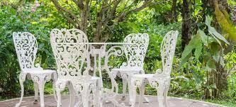 metal patio furniture 5 tips to prevent rust doityourself com