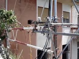 tralicci per radioamatori traliccio orizzontale sotto al balcone