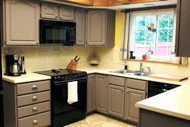 peinture meuble cuisine bois repeindre meuble cuisine bois idées décoration intérieure