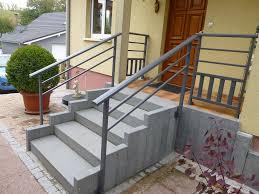 auvent en bois pour terrasse fabrication d une terrasse en bois 8 installation de garde