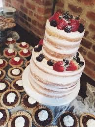 nashville sweets wedding cake with fresh berries